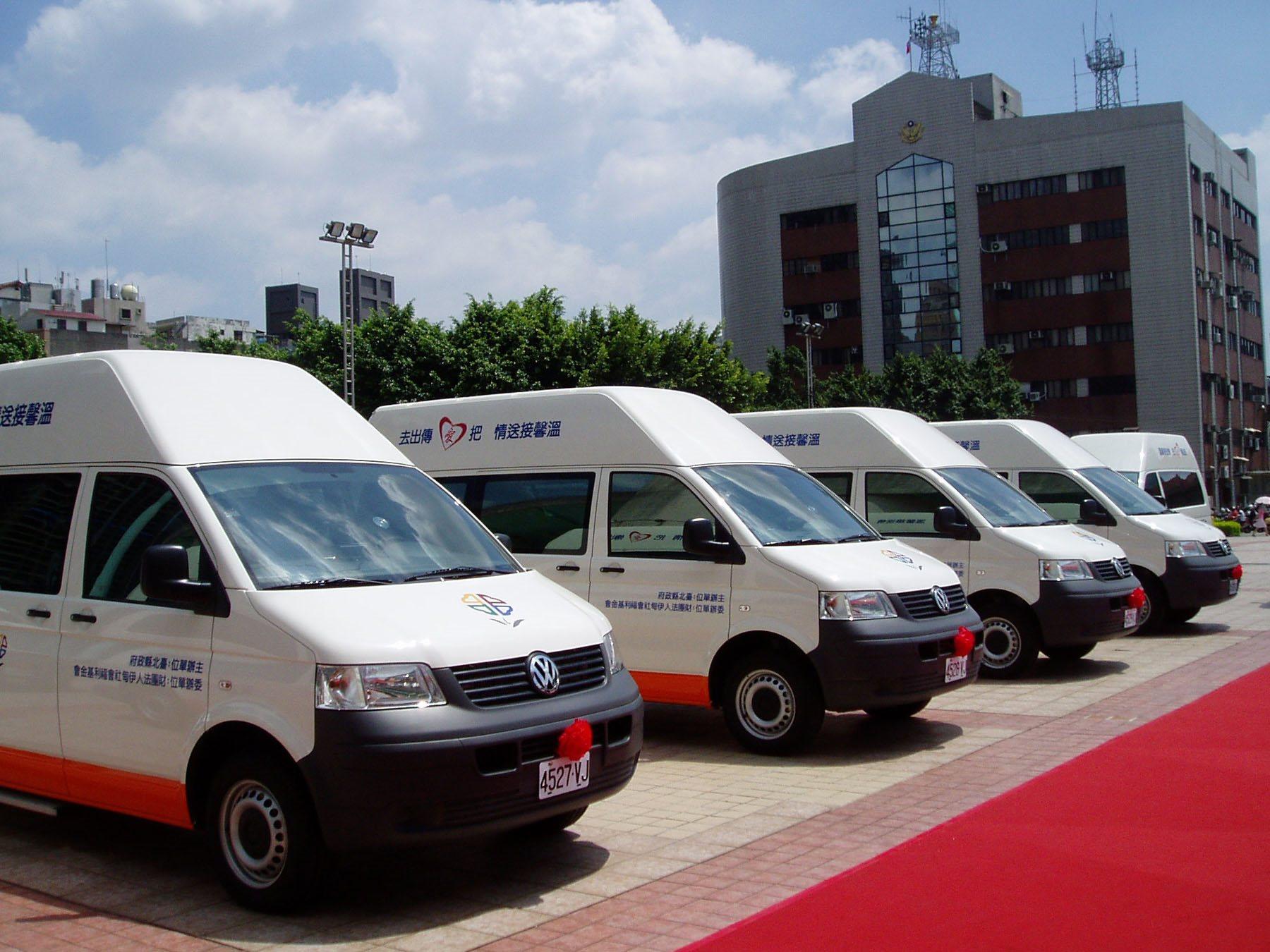 持續提升復康巴士服務 打造完善無障礙環境