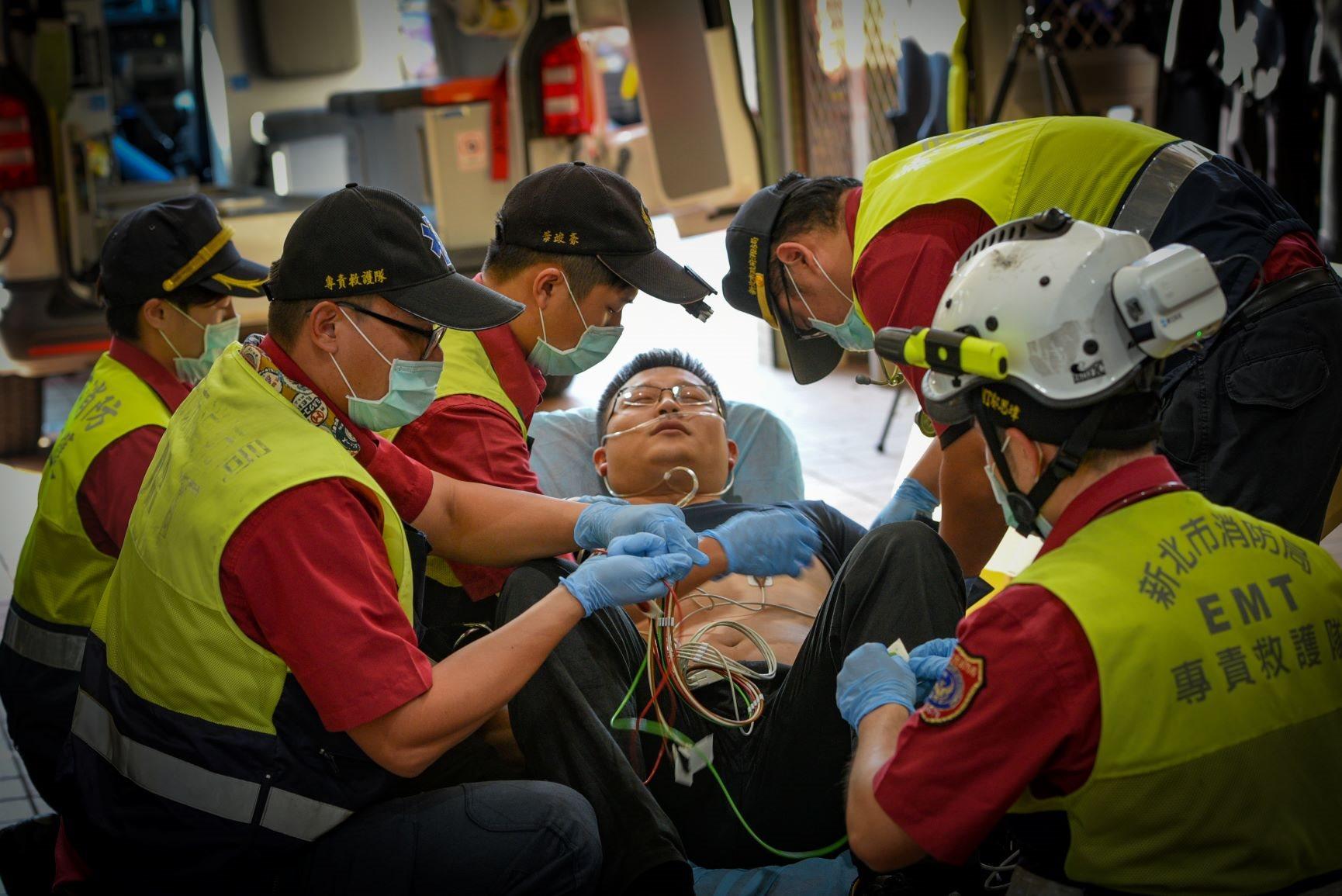 緊急救護 行動急診室