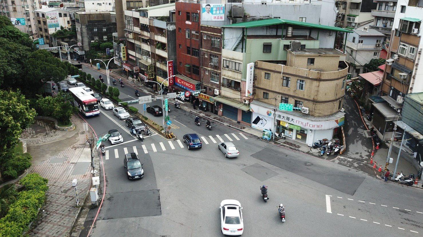 人行陸橋存廢檢討重現天際線(施工中)