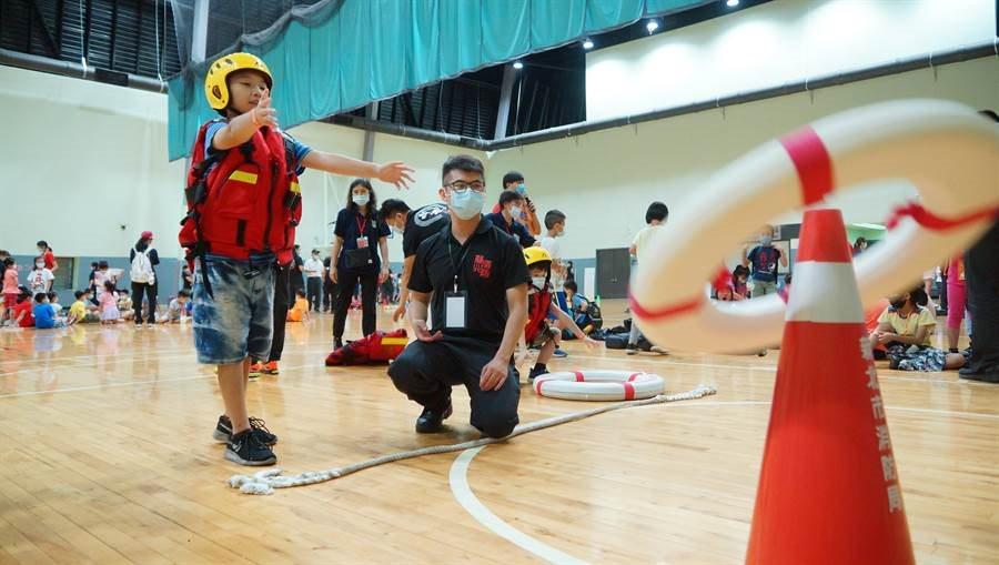 深耕防災教育 暑期兒童消防夏令營