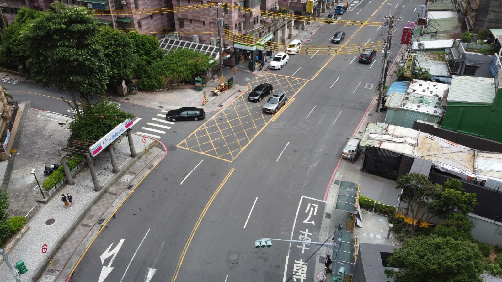 新店區大鵬陸橋拆除後