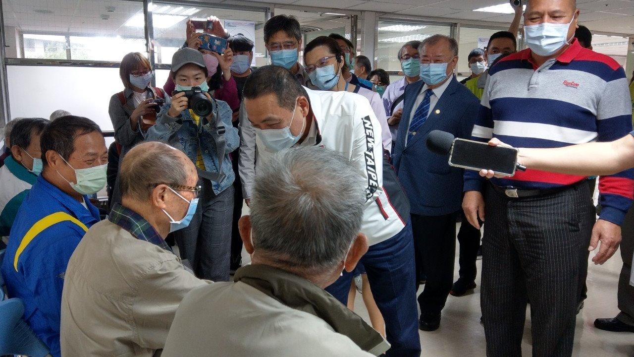侯友宜市長到院關心農漁民健康檢查狀況