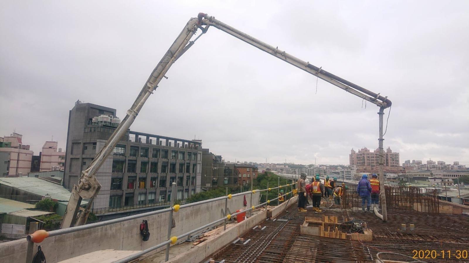 鶯歌三號公園LB09車站月臺層混凝土澆置作業