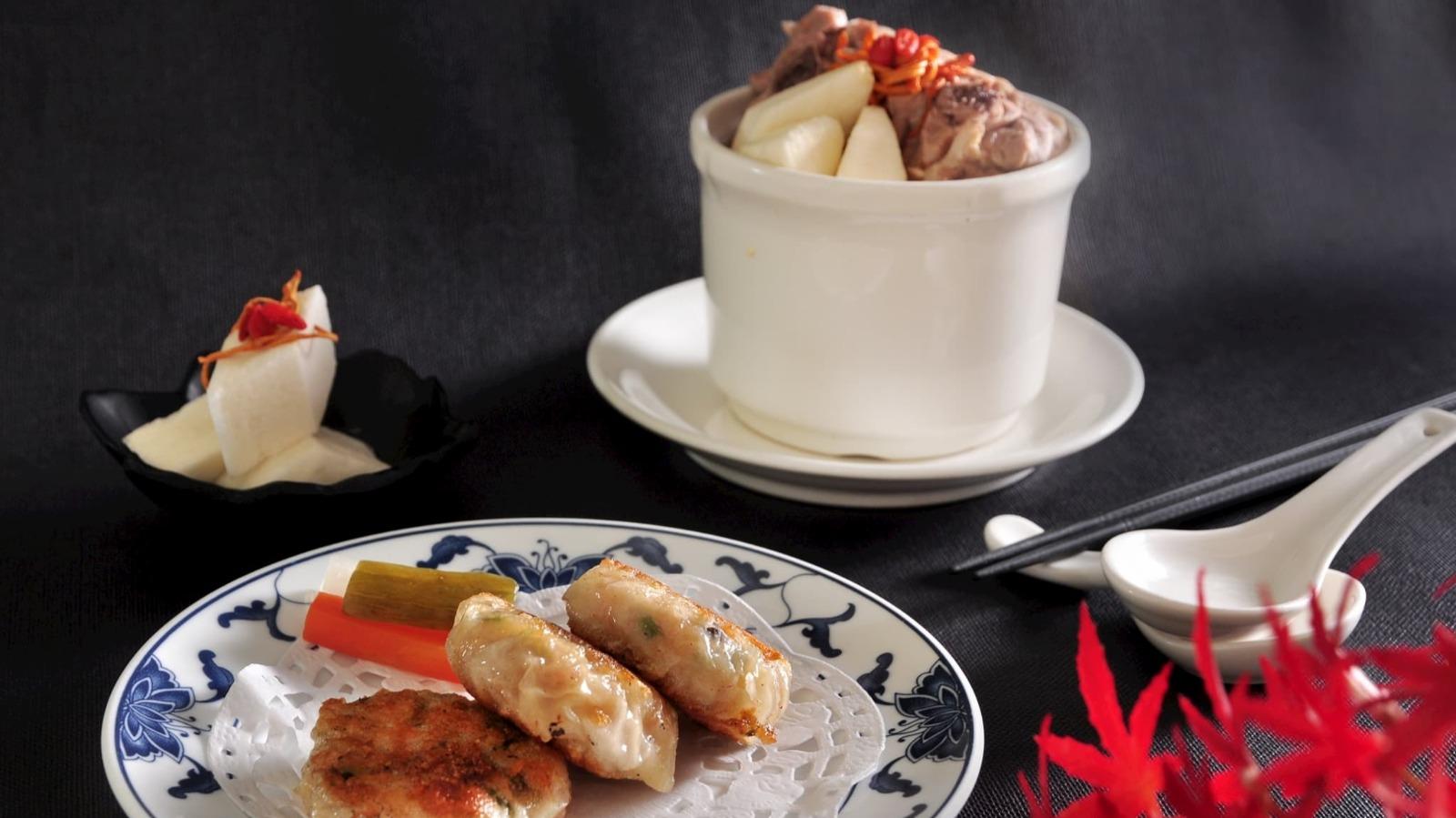 山藥海鮮煎餅及黃金蟲草山藥燉雞湯 (期間限定料理)