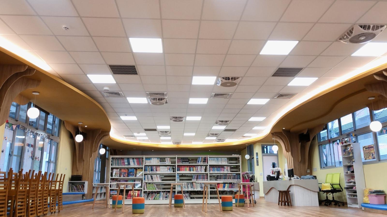 新建校舍生態圖書館