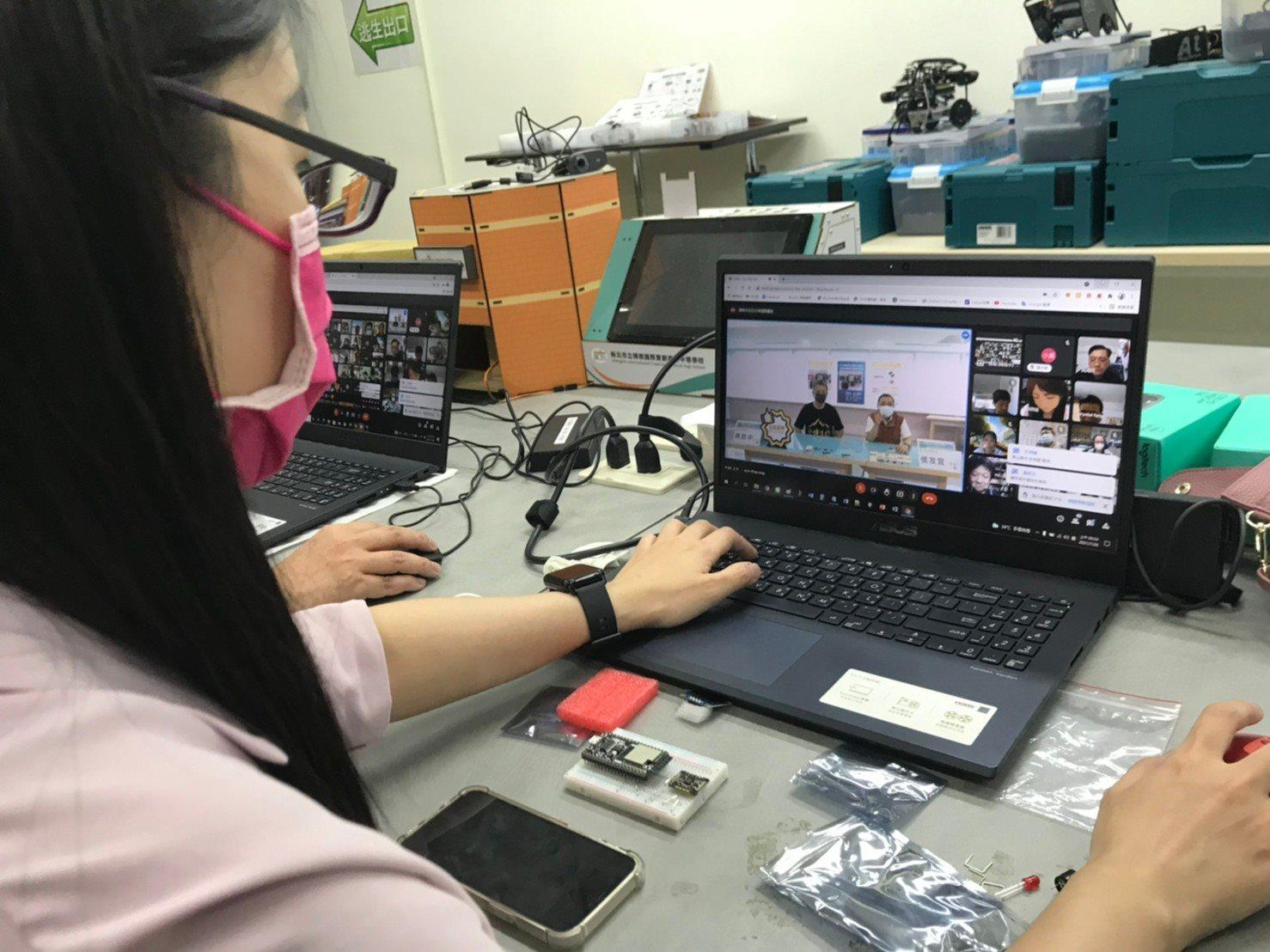 新北技職線上研習DIY  防疫體驗校園版血氧機